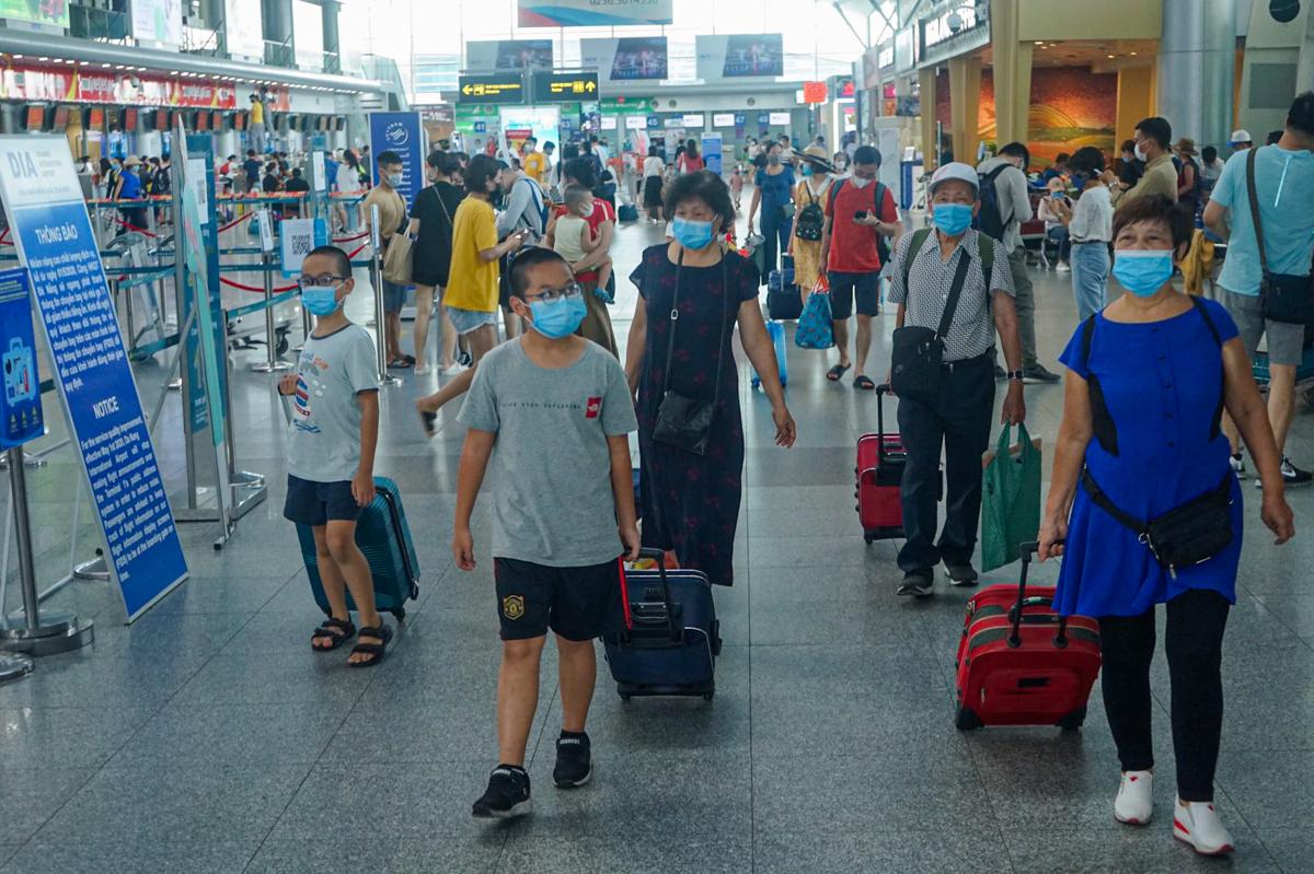 Hơn 18.000 người từ Đà Nẵng về TP HCM