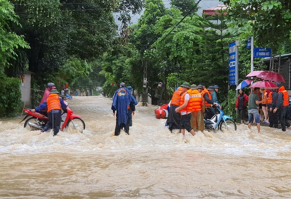 Năm người chết trong mưa lũ ở Hà Giang