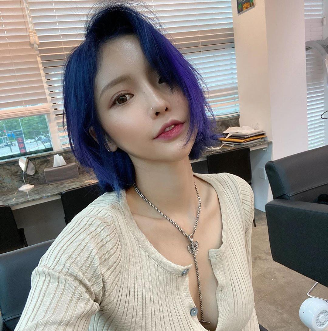 《INS》Tuyển tập ảnh đẹp mỗi ngày của hotgirl 24/8,DJ Hàn Quốc khiến khán giả sốc