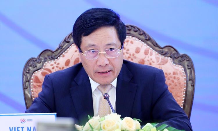 Các nước Đông Á kêu gọi không căng thẳng ở Biển Đông