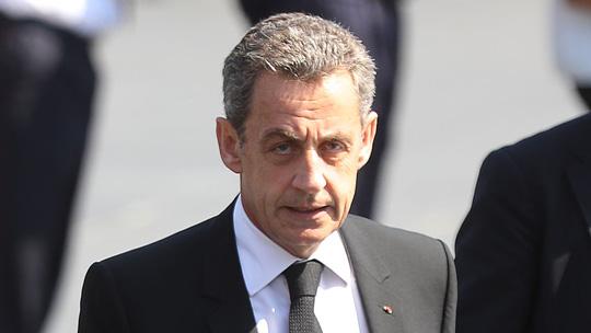 Cựu tổng thống Pháp hầu tòa vì nghi ngờ hối lộ  chơi xóc đĩa online hiệu quả