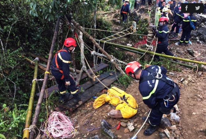 fun88casino Lần cứu nạn dưới hang sâu 280 m của thiếu tá cảnh sát