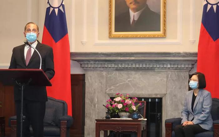 Cử tướng tới Đài Loan, Trump có thể chọc giận Trung Quốc Xóc Đĩa Online KUBET