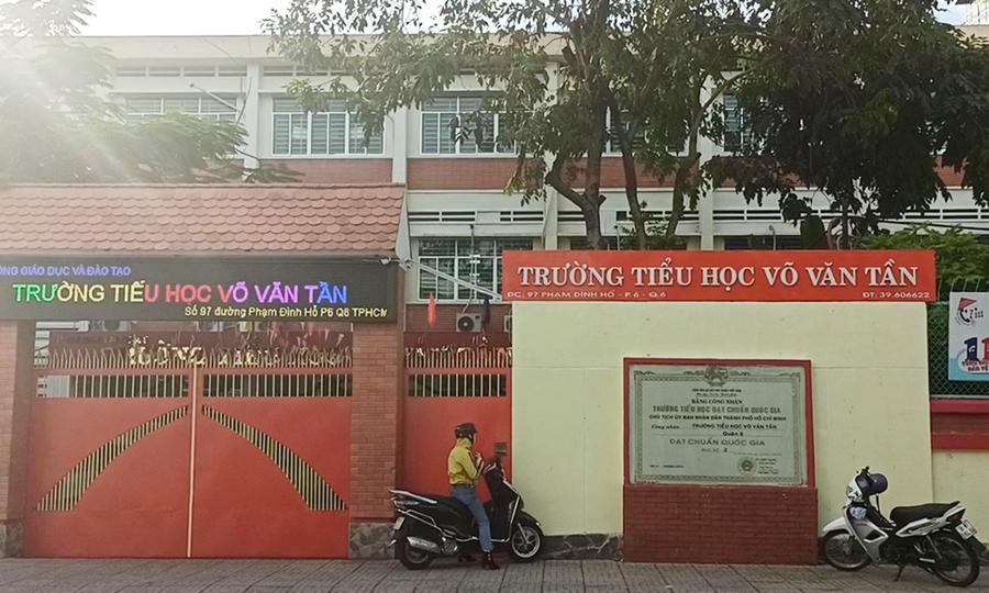 """Một số trường học ở Sài Gòn bị """"đóng cửa"""" để chống lại Covid-19"""