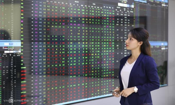 Thị trường chứng khoán Việt Nam tăng mạnh nhất thế giới trong nửa năm trong vài tháng qua