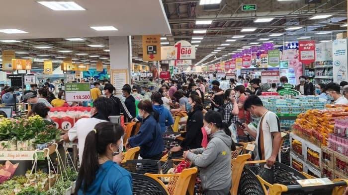 TP HCM đồng loạt phát phiếu cho dân đi mua thực phẩm