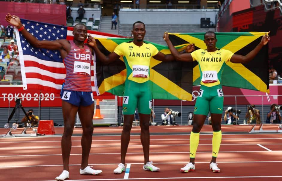 Thế vận hội Tokyo Chân chạy Jamaica thắng sốc cự ly 110m rào
