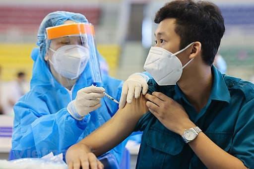Những lá đơn xin ở lại tuyến đầu chống dịch