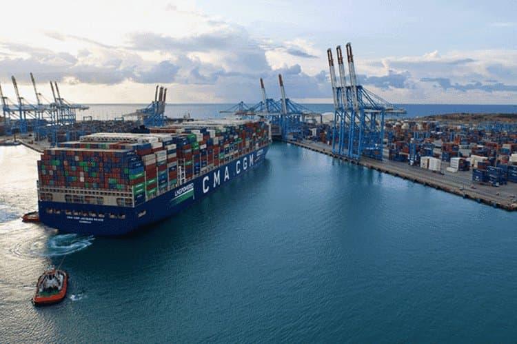 Phí vận chuyển container tại Trung Quốc tăng cao