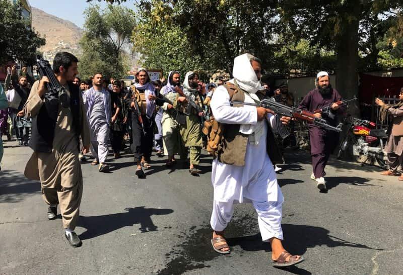 Taliban nghi tìm thấy kho tiền của cựu phó tổng thống
